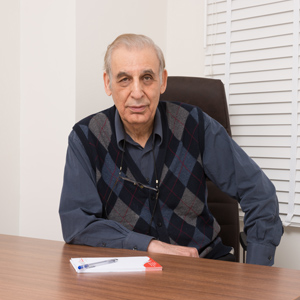 دکتر انصاری
